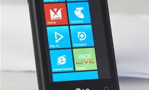 Microsoft investigates Windows Phone 7 data problem
