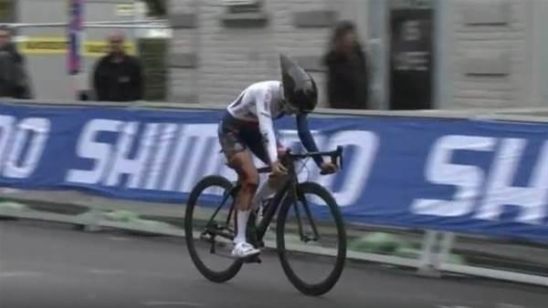 Fasnacht takes junior World bronze as young British rider suffers horrific crash injury
