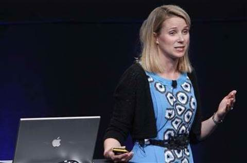 Yahoo CEO unveils comeback plan