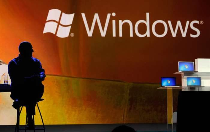 Apple's fortunes rise, Microsoft empire far from crumbling