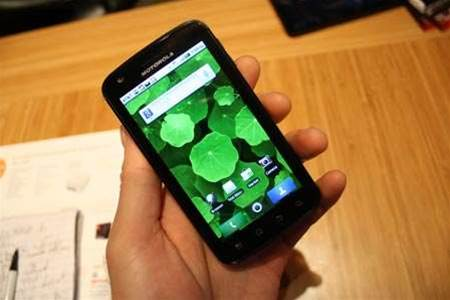 Can the transforming Motorola Atrix 4G change the face of smartphones?