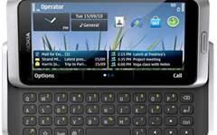 Nokia E7 smartphone arrives