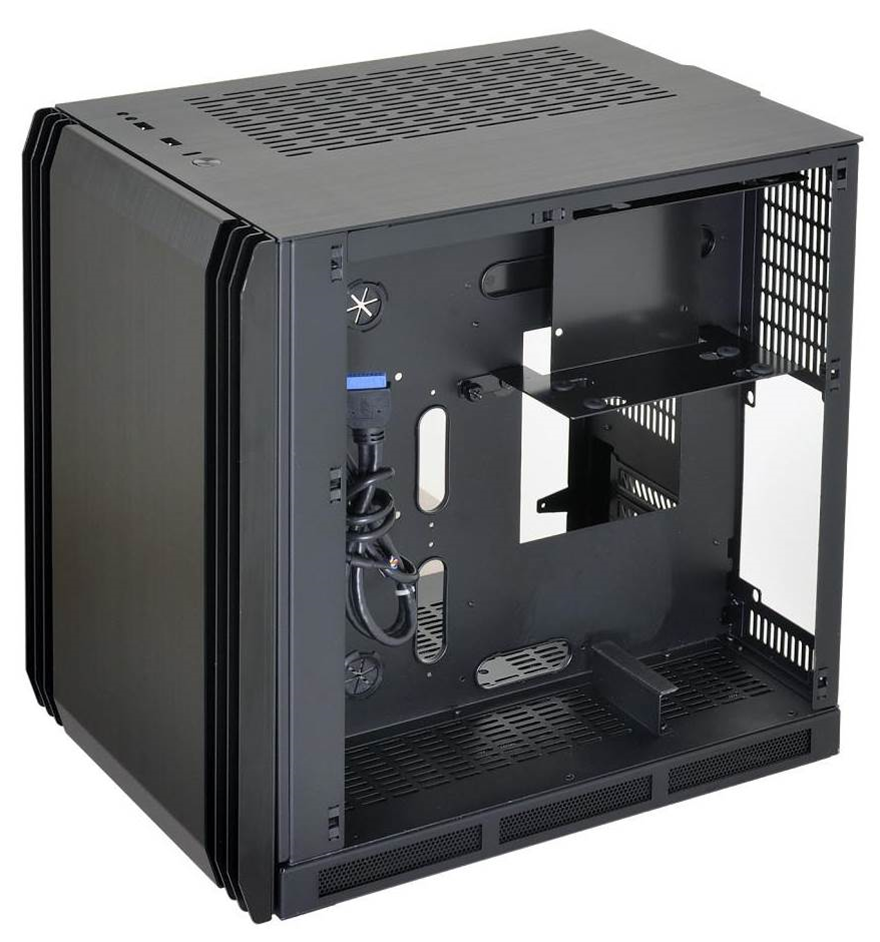 Lian Li's new PC-Q39 case is boxy, but good!