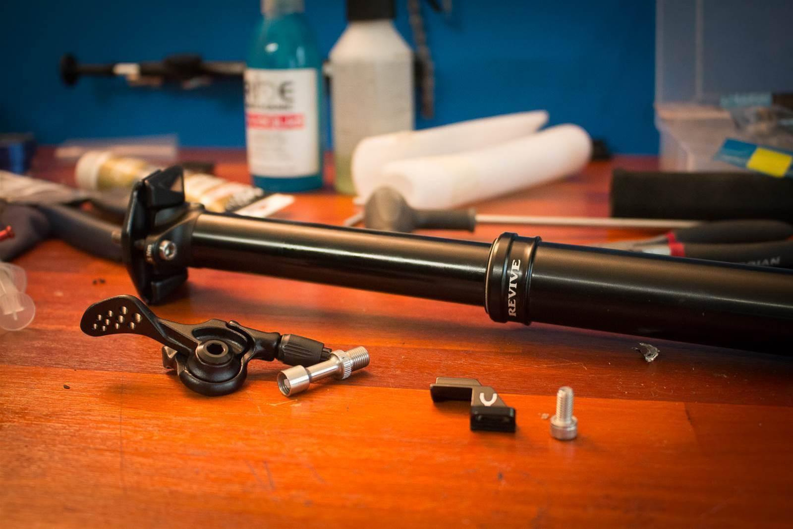 FIRST LOOK: BikeYoke Revive dropper post