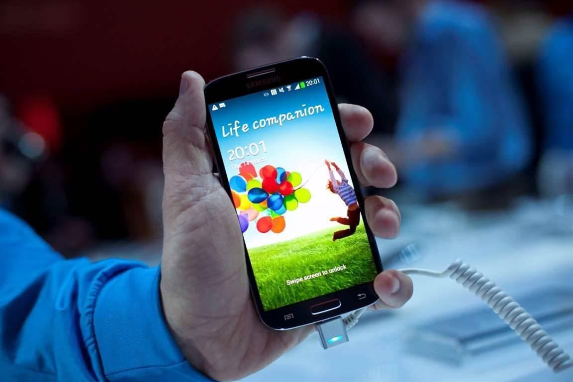 US trade panel probes eight smartphone vendors