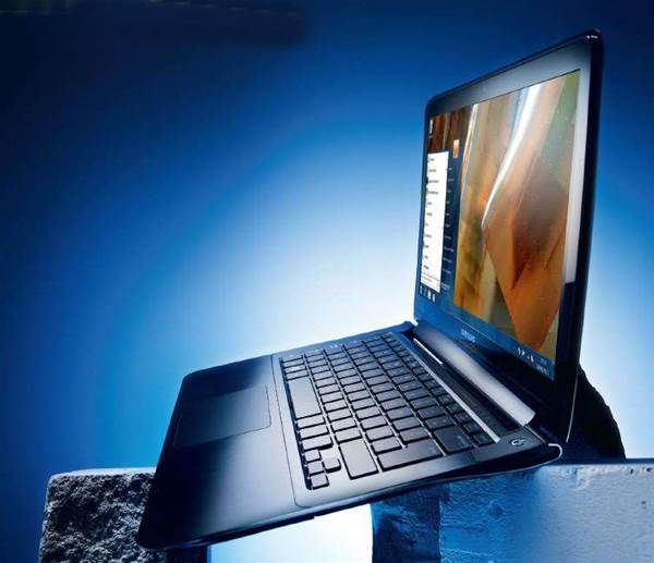 Samsung Series 9 900X3A review: sleek but expensive