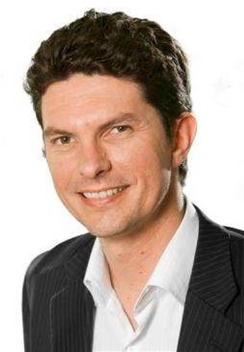Greens push warrants for metadata access