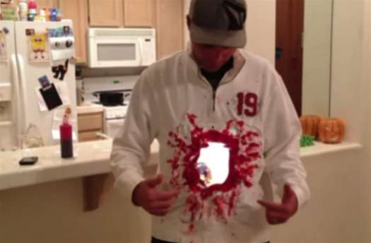 Video: How to Turn Two iPads Into a Gory, Gaping Hole in Your Torso