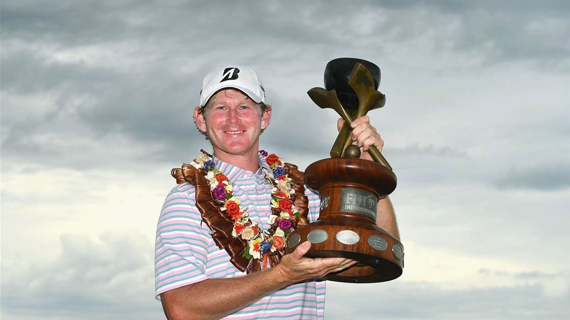 Fiji International: Unstoppable Snedeker romps home by nine
