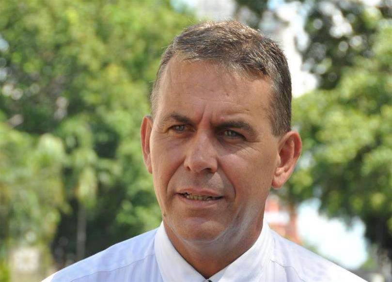 IT minister decries NT's own 'Qld Health payroll' fiasco
