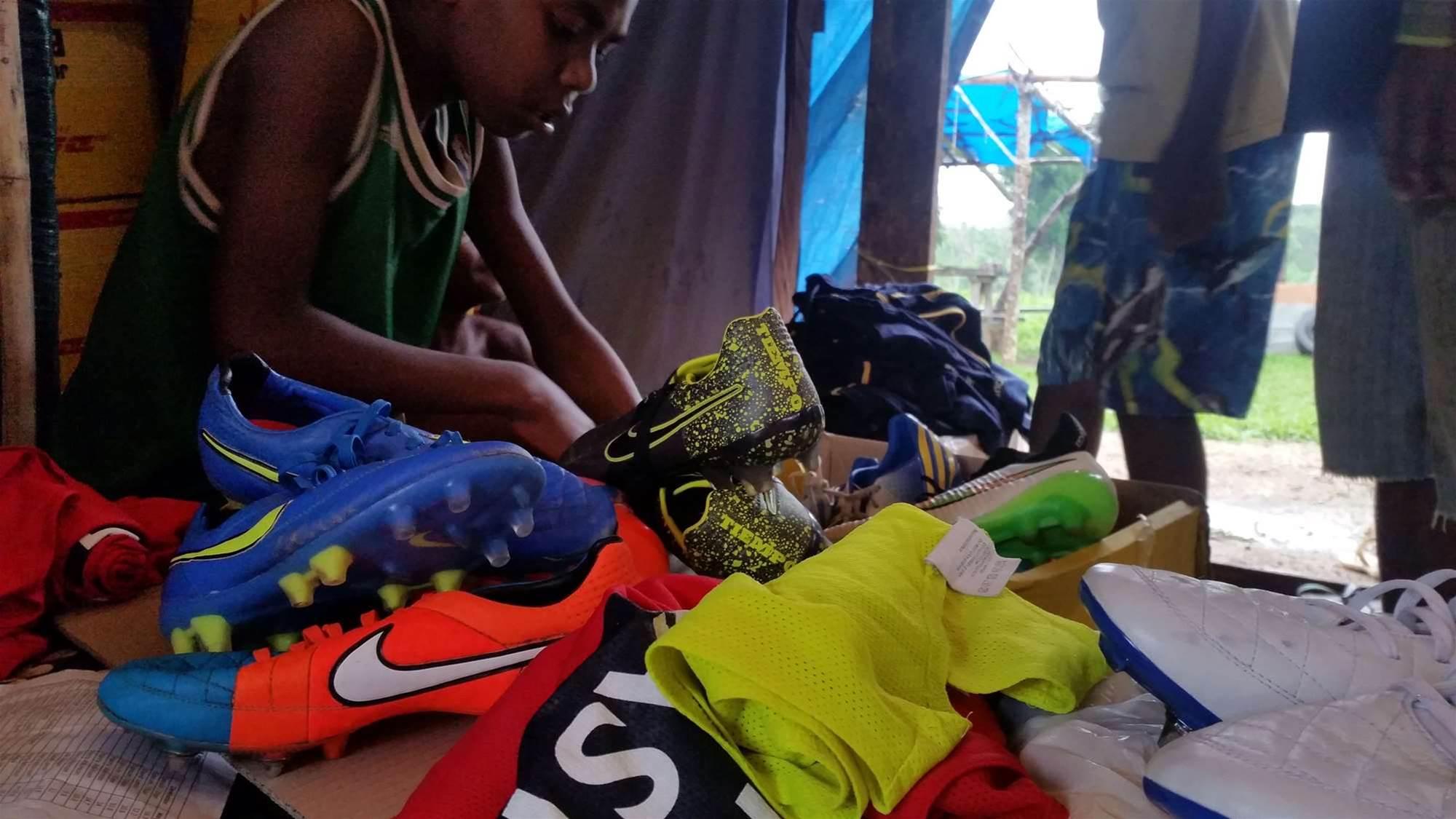 Mariners' Vanuatu fans kit up for clash