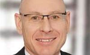 Qld's payroll repair man takes over NSW Health IT