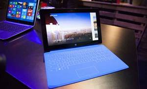 Windows 8 lags Win7 in first-year sales