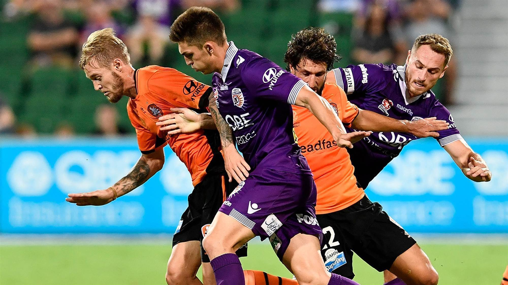 Glory, Roar share the spoils