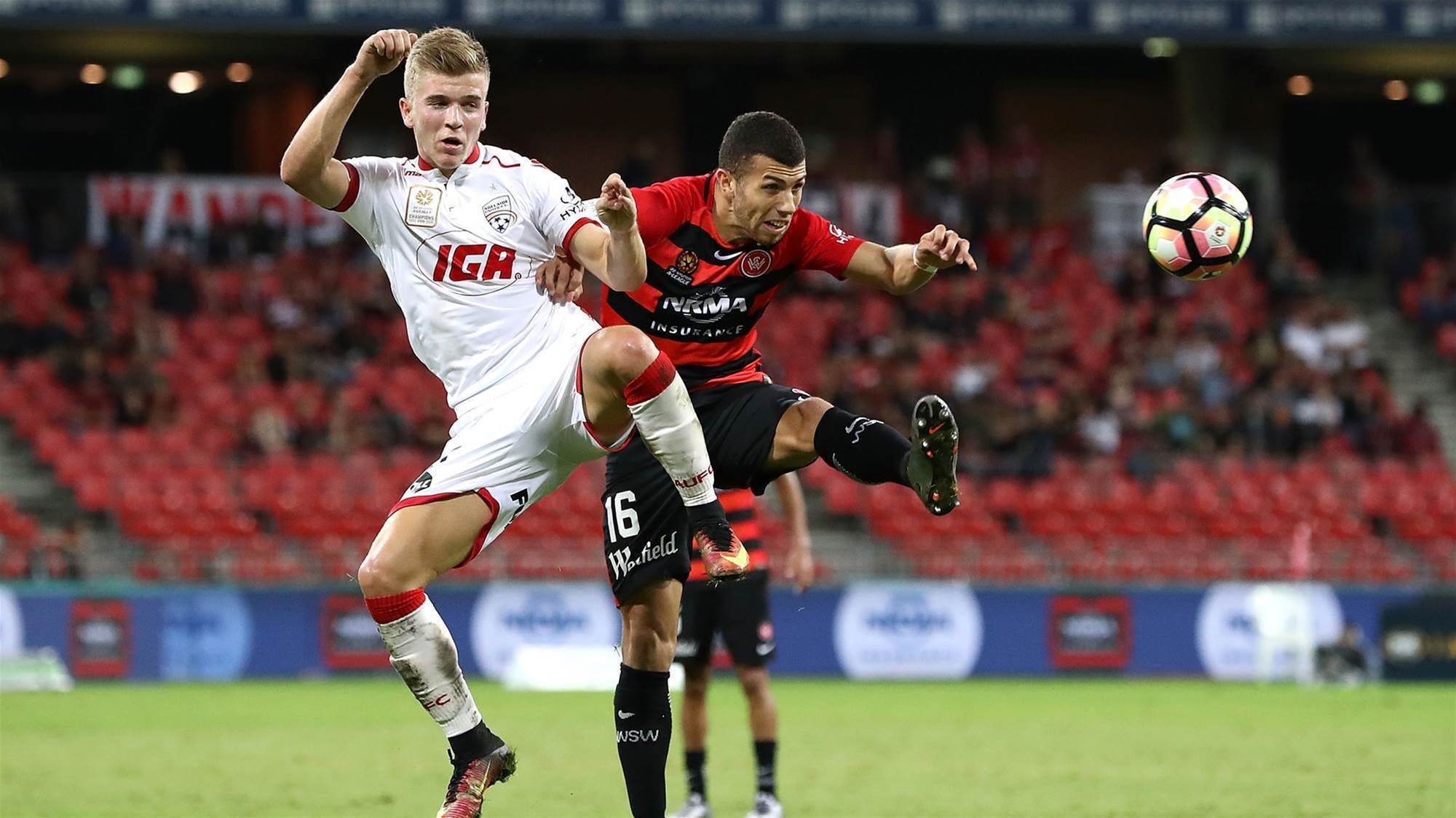 Wanderers, Reds draw a blank