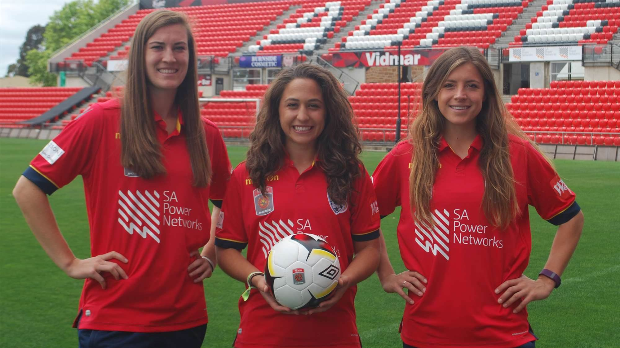 American trio to boost Reds
