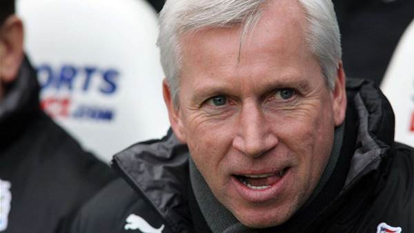 "Pardew enoys Newcastle's momentum ""glow"""
