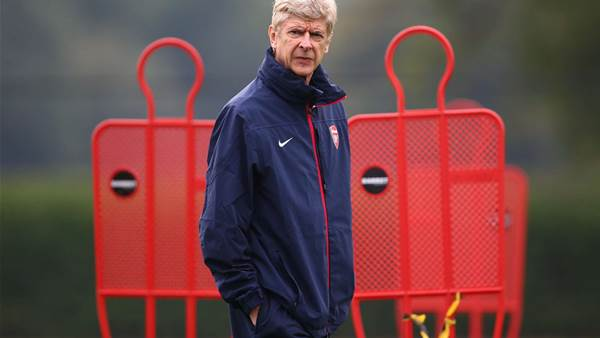 Wenger offered new Arsenal deal