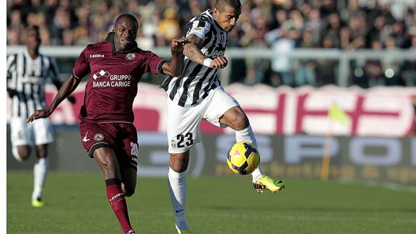 Vidal can stay in defence, says Conte