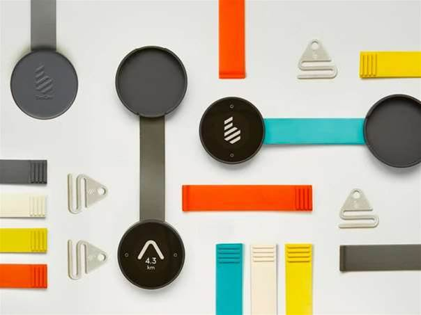 This slick little smart compass tells you which direction to cycle