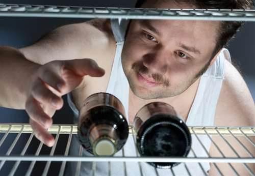 Rogue beer fridge caught by Telstra 'robot'