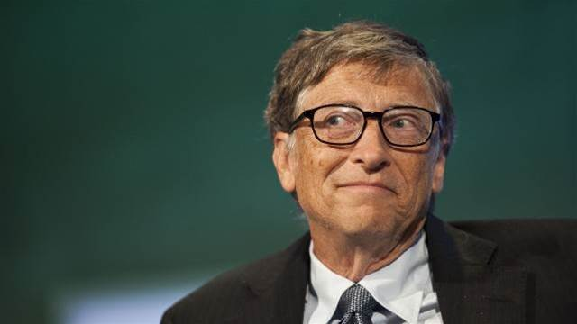 Bill Gates denounces CTRL+ALT+DEL, pins blame on IBM
