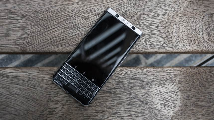 Review: Blackberry Keyone smartphone