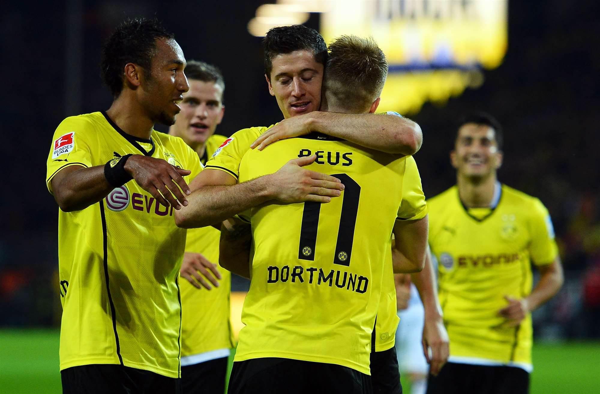 Bundesliga Wrap: Dortmund, Bayern maintain strong starts