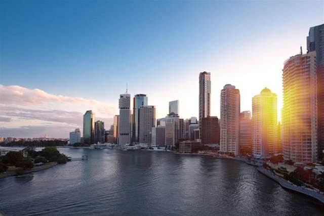 Optus talks up 4G for Brisbane, Gold Coast