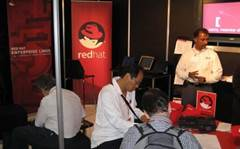 Red Hat takes on VMware with Linux containers