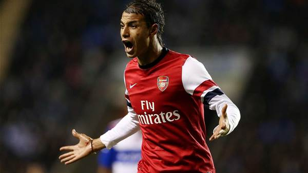 Holloway wants to revive Chamakh career