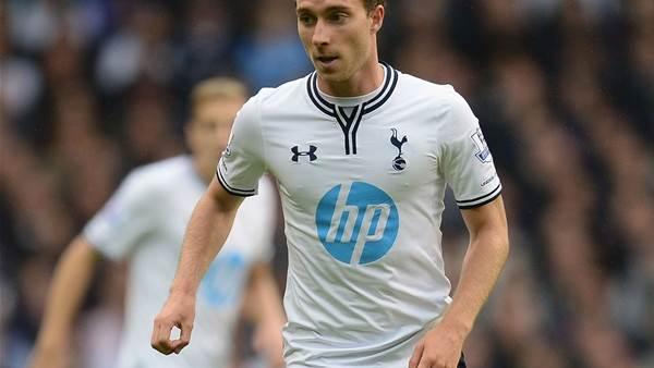 Eriksen backs Villas-Boas to turn Tottenham round