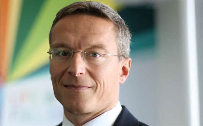 Telstra replaces retail boss
