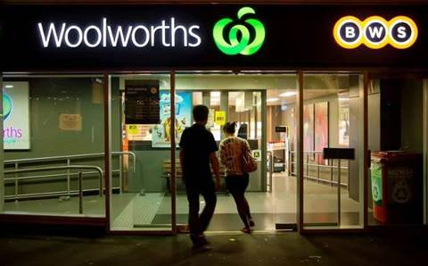 Cuscal glitch sees Woolies shoppers charged twice