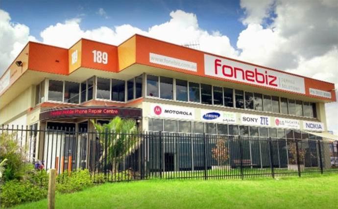 40 jobs cut as major mobile phone repairer Fonebiz calls in the administrators
