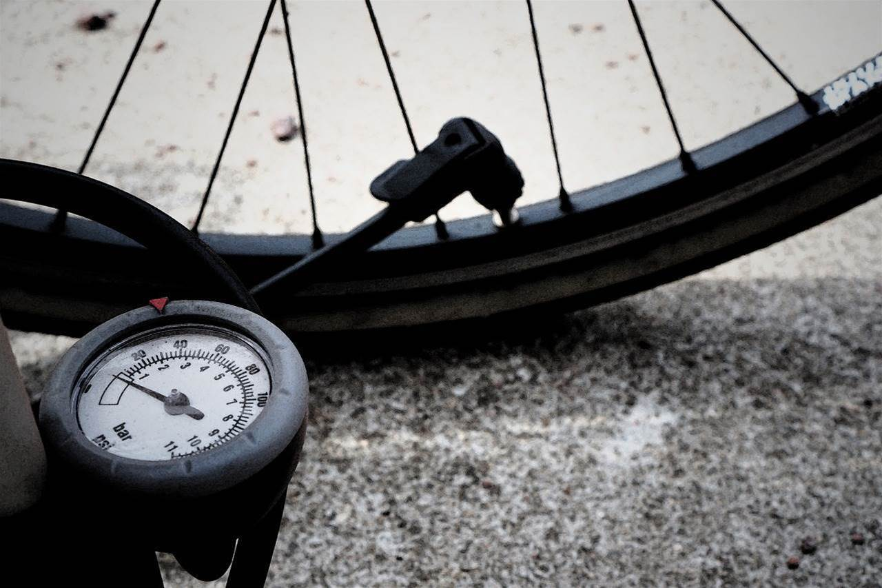 Stop bashing your fingers on your gears with this simple bike pump skill