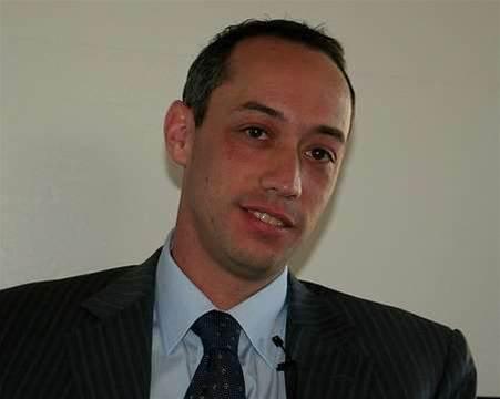 HP Australia boss resigns