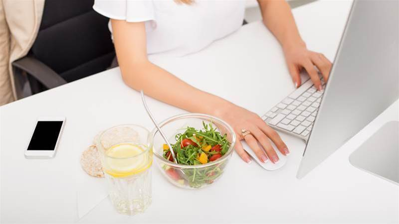 I Stopped Eating Lunch At My Desk Every Day, And This Is What Happened