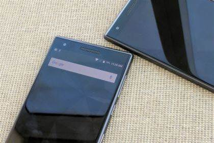 BlackBerry to launch Android phone with no keyboard