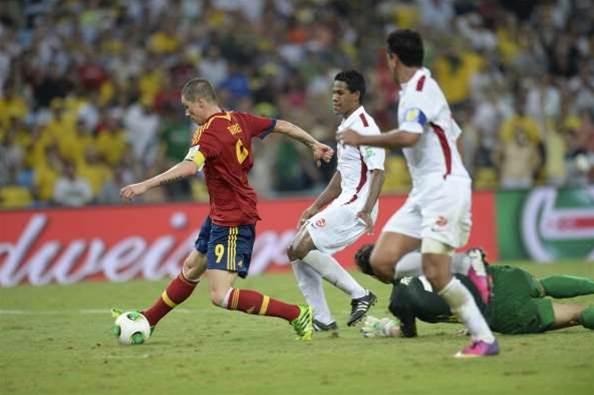 Spain smash Tahiti for ten