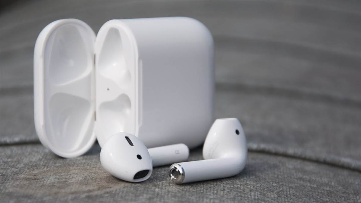 Apple will soon let you track down those pesky runaway AirPods