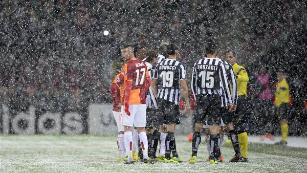 Galatasaray-Juventus fixture abandoned