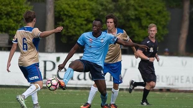 Sydney FC promote young striker