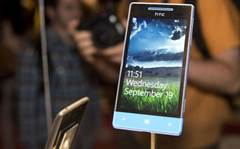 Picking a Windows Phone: HTC's new 8X vs Nokia's Lumia 920