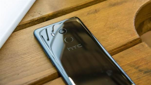 Did the HTC U11 Plus start off life as the Pixel 2 XL?