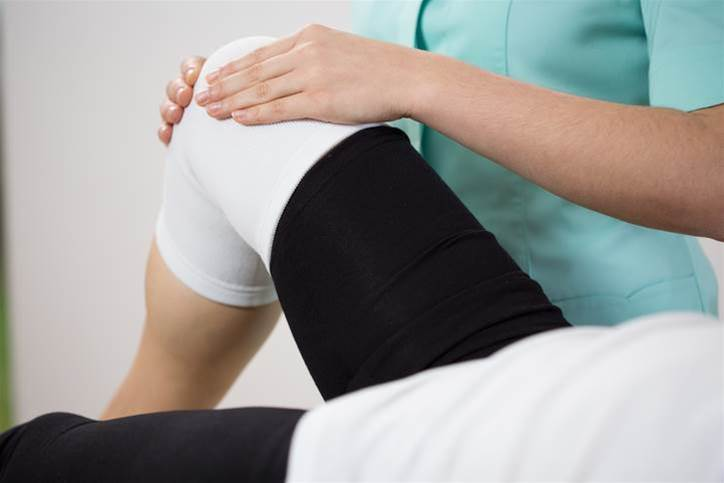 Using mobile tech to recover from knee surgery