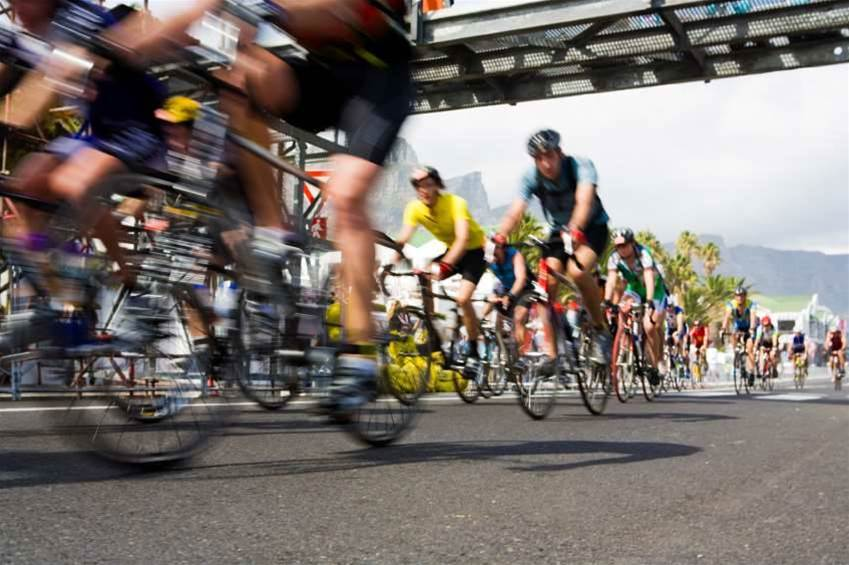 Australian road cycling race turns to IoT