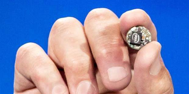 Intel Curie is a button-sized computer for your clothes