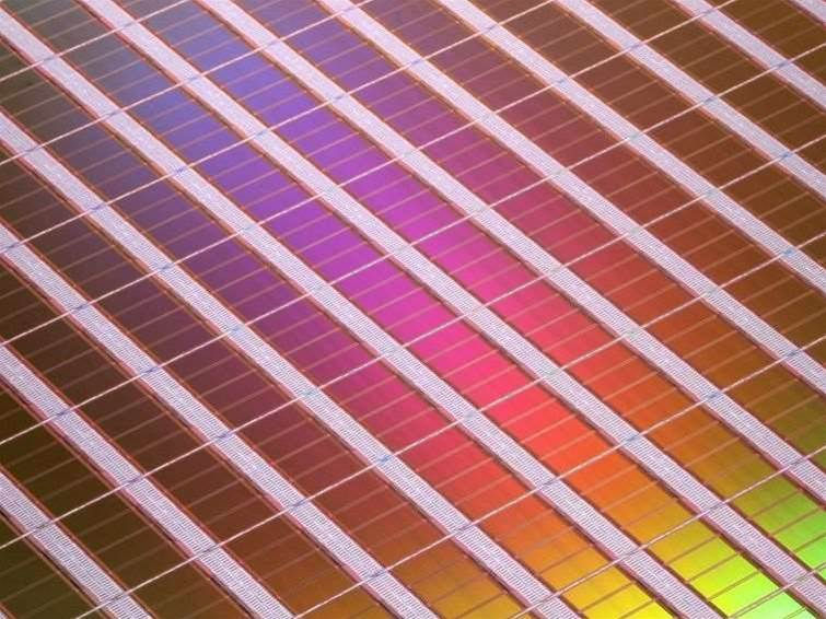 Interface takes NAND Flash to 400MB/sec