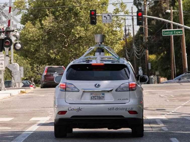 Google's self-driving car can dodge pedestrians